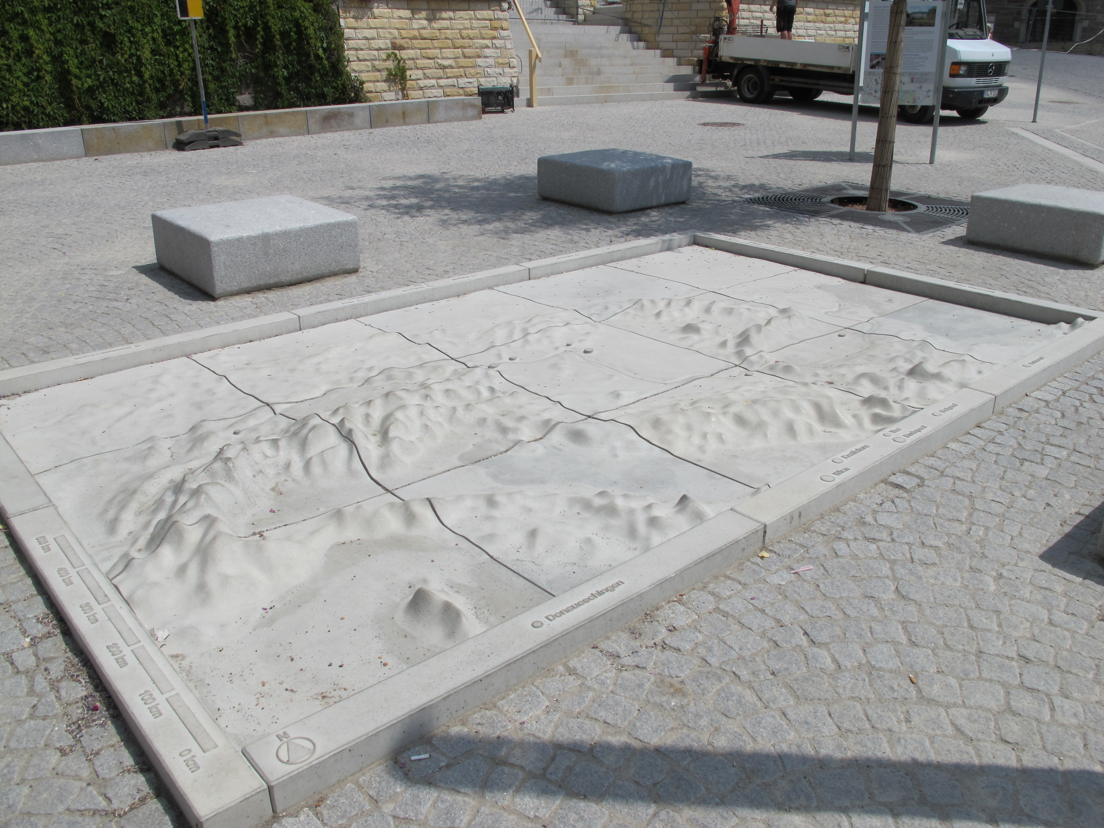 140618 Lammplatz und Donaurelief (4)